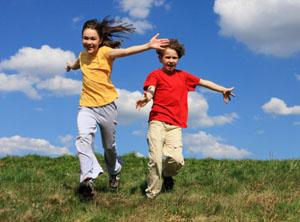 放假了,请为孩子选择一个适合他的暑期体验营!