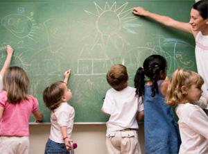 家长求助:12岁女儿被老师说笨而不想上学怎么办?