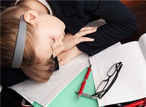 初中生孩子学习没上进心非常懒惰,家长该怎么办?