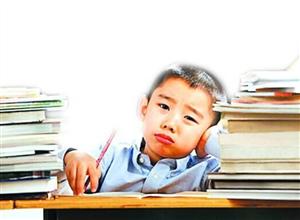 孩子厌学一看课本就喊头疼,一到学校就尿不出尿