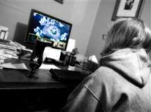 网瘾少年读大学开发软件身家百万,感谢老爸教育之恩