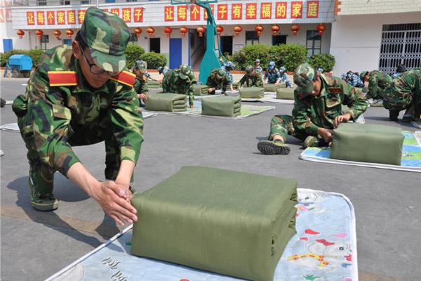 云南临沧全封闭军事化管理学校军事化训练.jpg